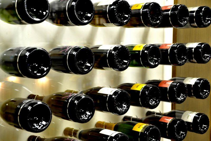 Bouteilles de Champagne Rémi Leroy, Jacques Lassaigne, et Drapier